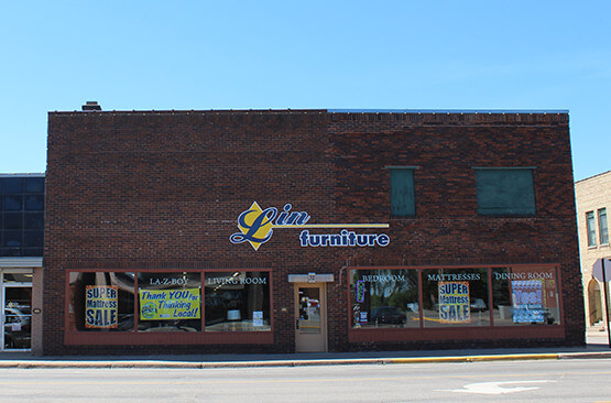 Exterior of Lin Furniture on Broadway in Little Falls, MN